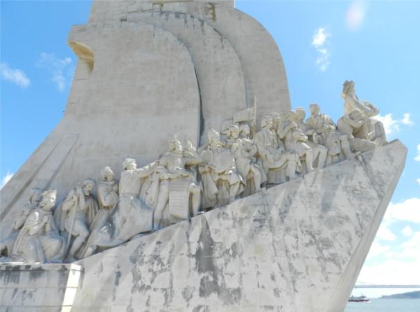 Homenagem aos navegadores --aqui mesmo na Terra-- em Belém, Lisboa Crédito: Giuliana Miranda
