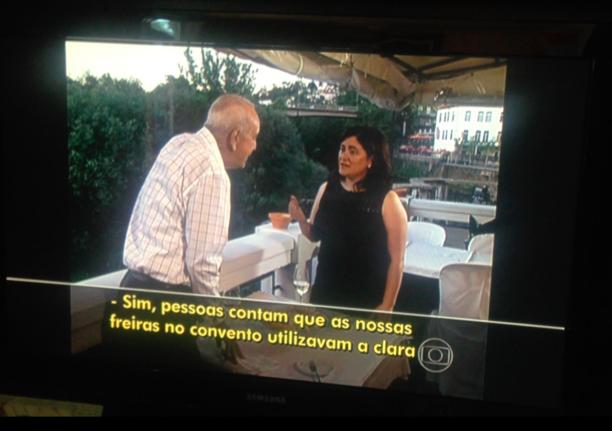 Entrevistada portuguesa aparece com legendas em reportagem no Brasil Imagem: Reprodução