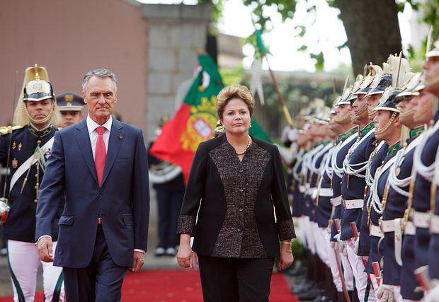 Cavaco Silva, presidente de Portugal, recebe Dilma Rousseff em visita da brasileira ao país europeu| Crédito: Flickr Presidência da República de Portugal