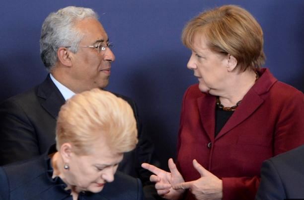 O primeiro-ministro António Costa e a chanceler Alemã Angela Merkel em encontro no fim do ano passado |  Crédito: Conselho da União Europeia