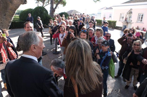 Marcelo Rebelo de Sousa, presidente de Portugal, recebe a população no Palácio de Belém | Crédito: Presidência da República