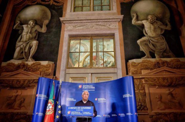 Primeiro-ministro António Costa discursa no evento que marca seus seis meses de governo | Crédito: Reprodução/Instagram
