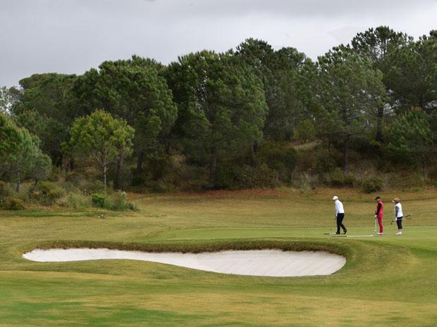 Resort de luxo Monte Rei tem um dos melhores campos de golfe na Europa (Foto: Giuliana Miranda)