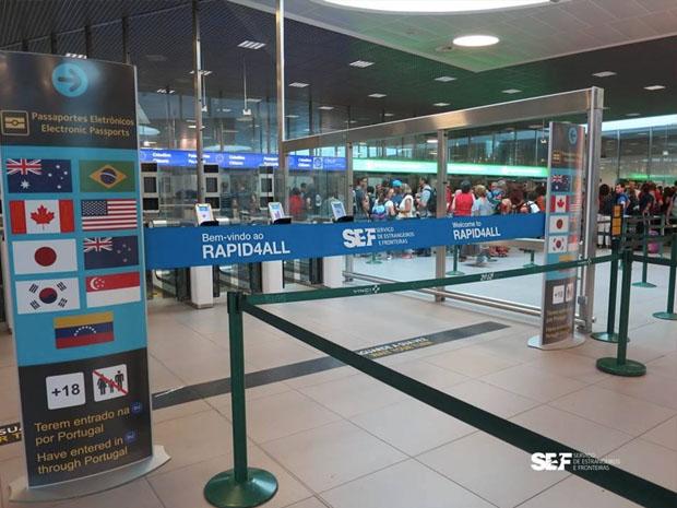 Sistema de controle automatizado para saída de brasileiros e de outras nacionalidades é inaugurado em Lisboa (Foto: Divulgação/SEF)