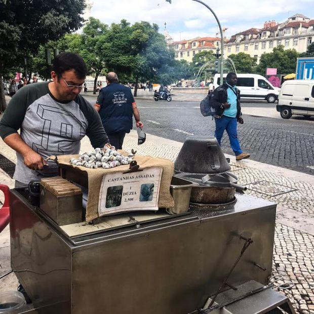 Chegada dos vendedores de castanhas são a primeira pista de que o frio se aproxima | Foto: Giuliana Miranda