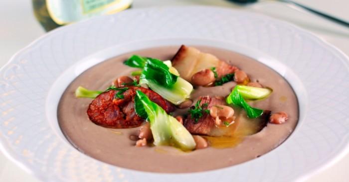 Receita gourmetizada de Sopa de Pedra | Foto: reprodução