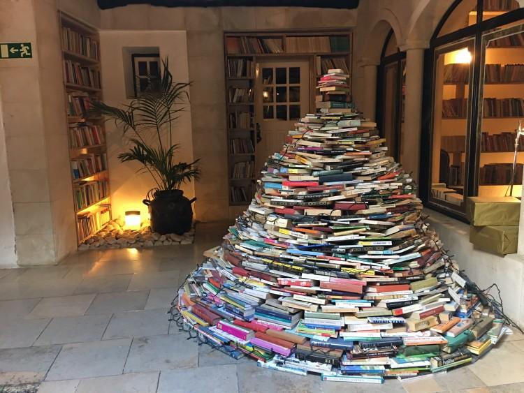 Hotel The Literary Man em Óbidos é totalmente dedicado aos livros