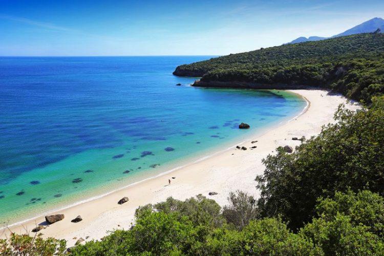 Praia de Galapinhos foi escolhida a melhor da Europa em 2017 | Foto: Divulgação