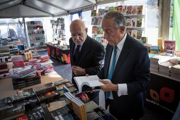 Até o presidente português, Marcelo rebelo de Sousa, deu uma passadinha por lá | Foto: Presidência da República