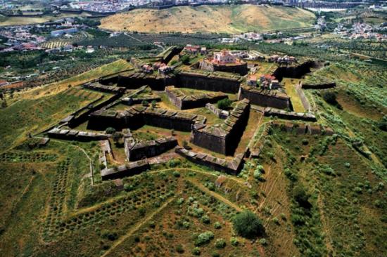 Vista aérea de Elvas, no Alentejo | Foto: Turismo do Alentejo/Divulgação