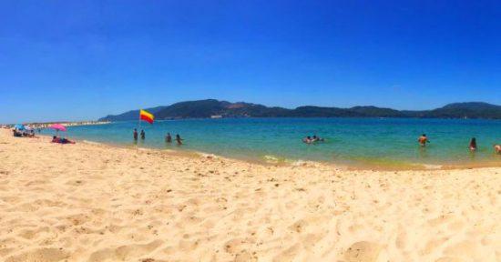 Praia de Tróia, no Alentejo: águas cristalinas e geladas | Foto: Giuliana Miranda/Folhapress