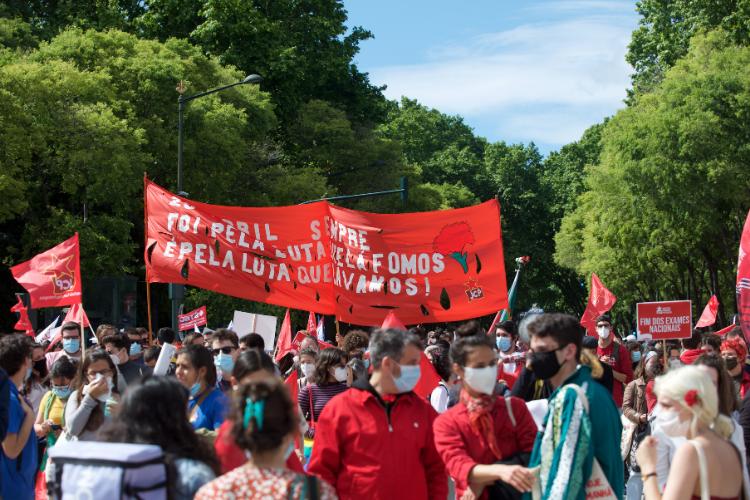 Desfile do 25 de abril voltou às ruas de Lisboa em 2021 | Foto: S. Couvreur