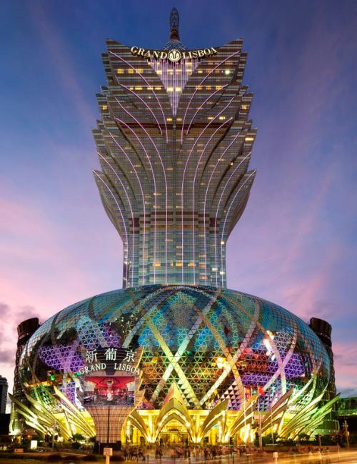 Fachada do Grand Lisboa, complexo de hotel e cassino localizado em Macau | Foto: Divulgação